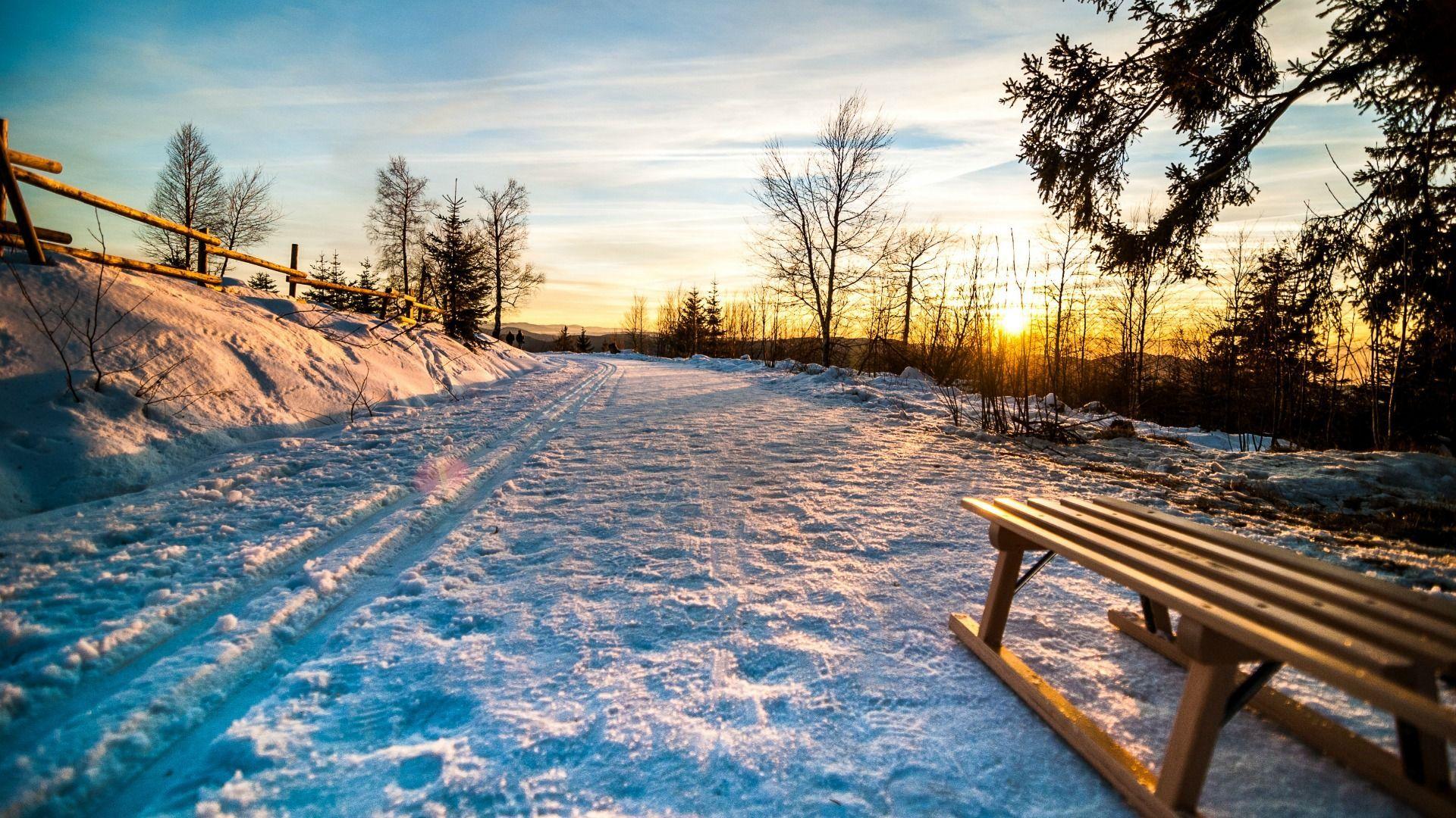 Schneestrasse eisige Tage 20